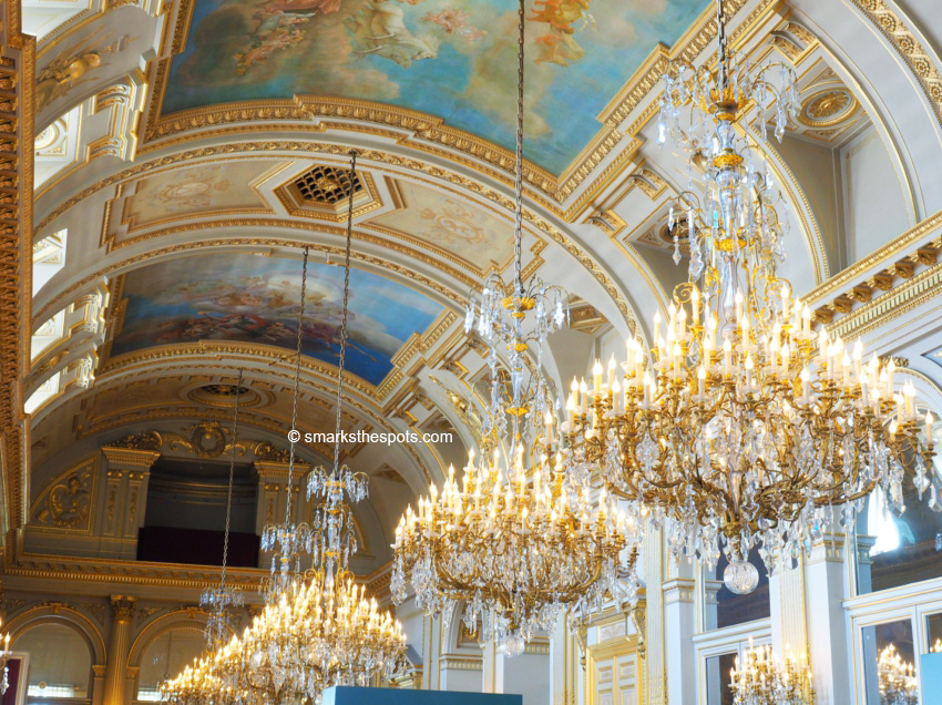 Royal Palace Of Brussels S Marks The Spots