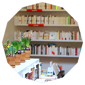 things_to_do_sunday_brussels_visit_bookstore_smarksthespots_blog