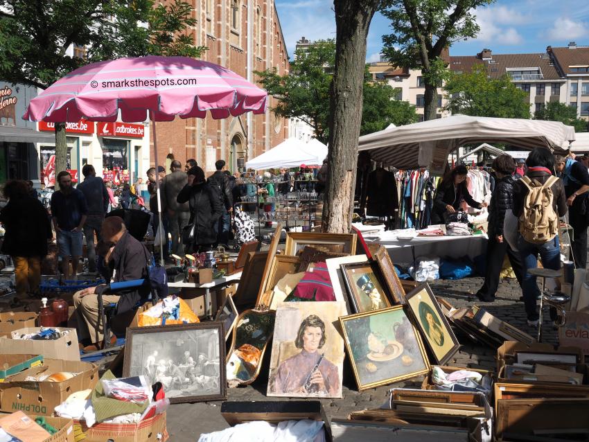 place_du_jeu_de_balle_brussels_antiques_market_smarksthespots_blog_15